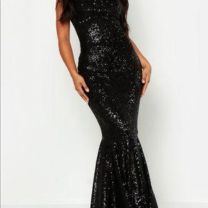 Boohoo Dresses - Black sequin dress
